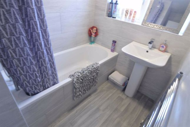 Bathroom of Winifred Road, Basildon, Essex SS13