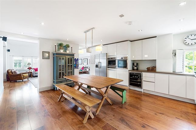 4 bed flat for sale in Victorian Heights, Thackeray Road, London SW8