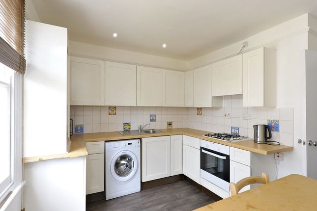 Flat to rent in Barmouth Road, Barmouth Road, Wandsworth, London