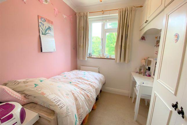 Bedroom of The Avenue, London E4