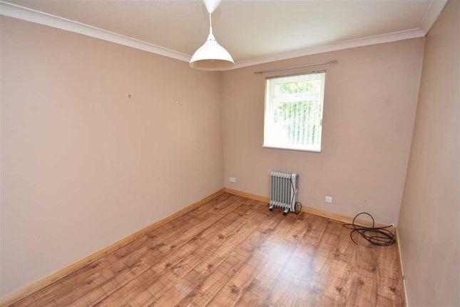 Bedroom of Glencoul Avenue, Dalgety Bay, Dunfermline KY11