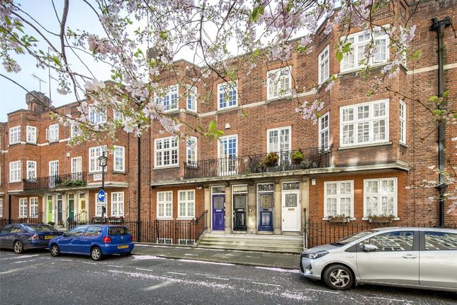 Thumbnail Maisonette for sale in Wheatley Street, London