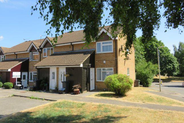 Thumbnail Maisonette to rent in Shanklin Close, Cheshunt, Waltham Cross
