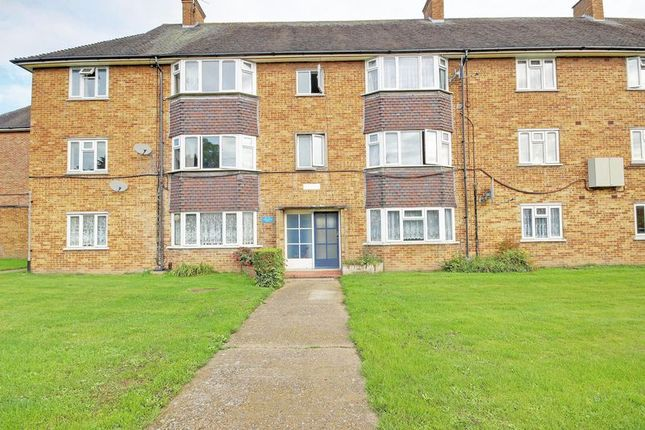 Thumbnail Flat for sale in Worcesters Avenue, Enfield