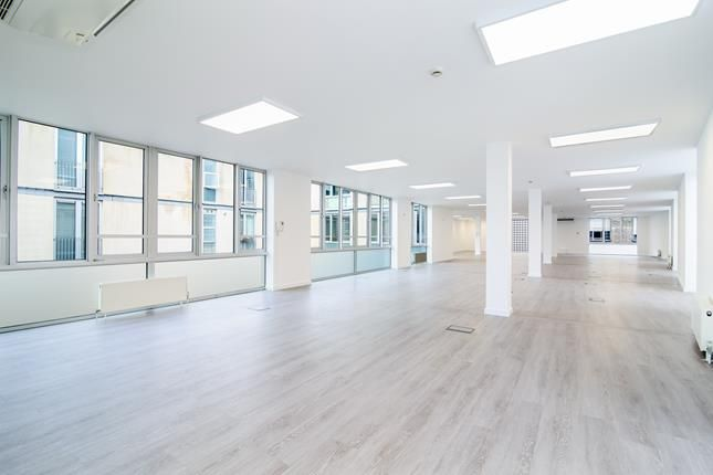 Thumbnail Office to let in Bickels Yard Unit 18-19, 151-153 Bermondsey Street, London