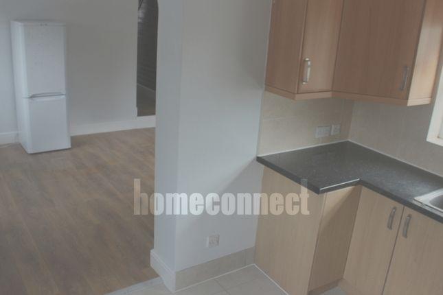 Thumbnail Duplex to rent in Lopen Road, Edmonton
