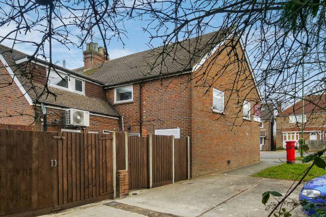 Thumbnail Flat to rent in Rusper Road, Horsham