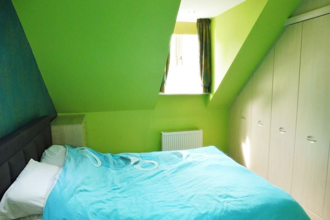 Master Bedroom of Mayflower Way, Wombwell S73