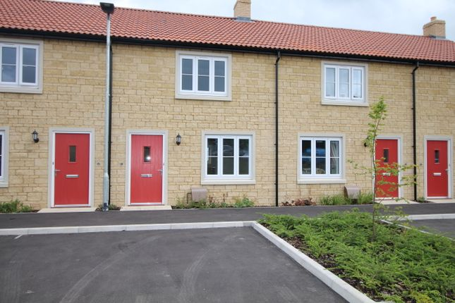 2 bed terraced house to rent in Blackford Drive, Calne SN11