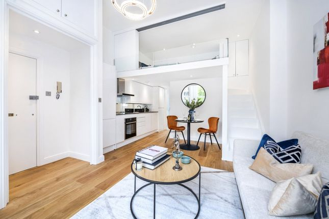 1 bed flat for sale in Netherhall Gardens, London NW3