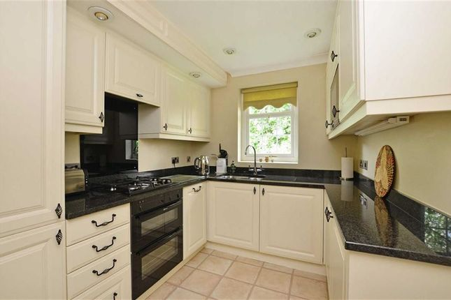 Thumbnail Flat for sale in Flat 3, Delph Court, Broomhill