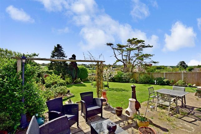 Thumbnail Bungalow for sale in St. Vincent Road, St. Margarets-At-Cliffe, Dover, Kent