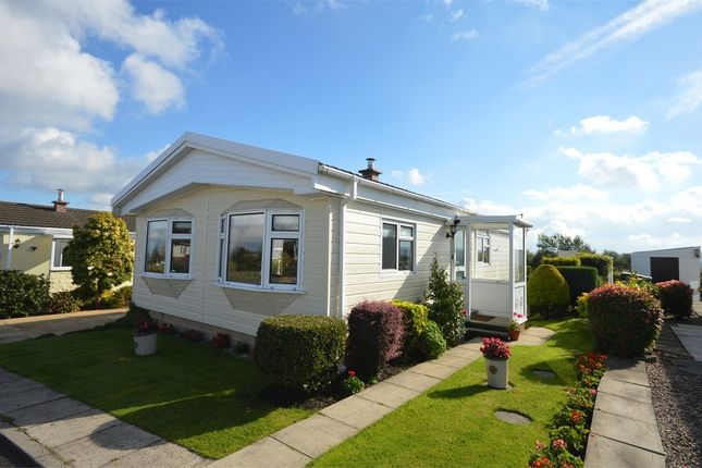 Mobile Park Home For Sale In Victoria Place Crosland Hill Huddersfield West