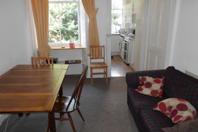 Thumbnail Flat to rent in Marchmont Road, Edinburgh