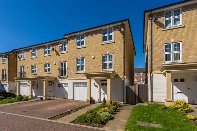 Thumbnail Town house to rent in Baldwin Road, Watford
