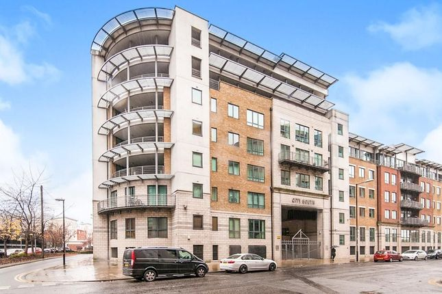 Thumbnail Flat to rent in City Road East, Manchester