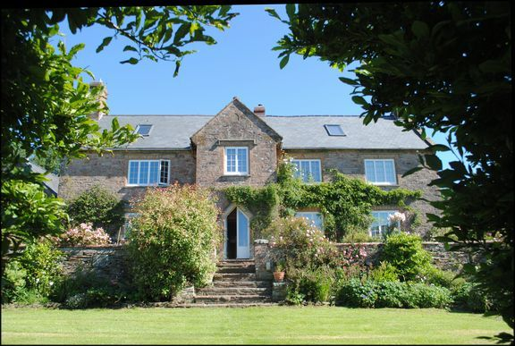 Thumbnail Detached house to rent in Skilgate, Taunton