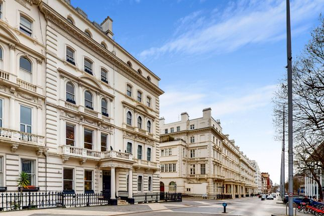 Thumbnail Town house to rent in Princes Gate, London