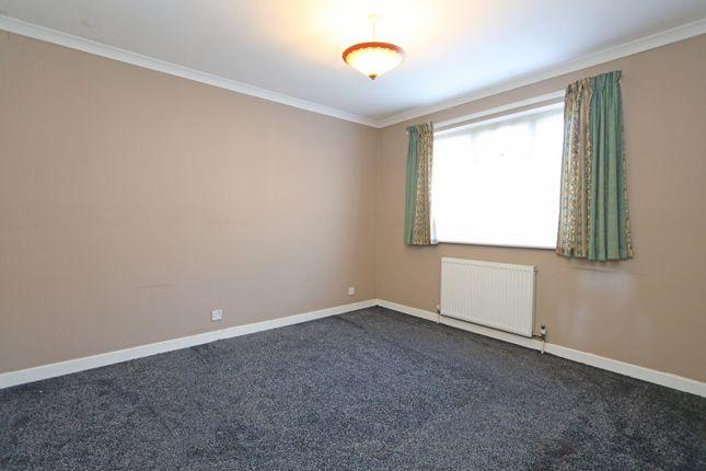 Bedroom 1 of Culm Lea, Cullompton EX15