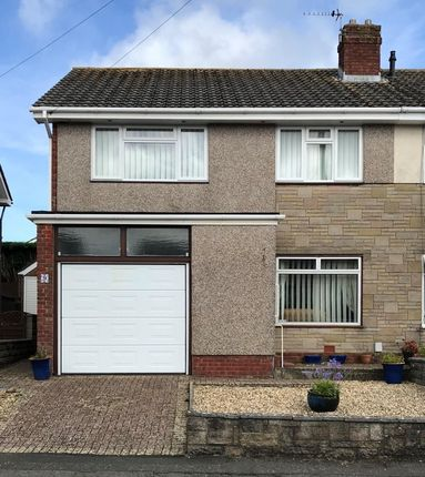 Thumbnail Property to rent in Glen Mavis Way, Barry