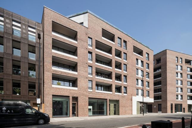 Thumbnail Office to let in Block C Shoreditch Exchange, 97-137 Hackney Road, London