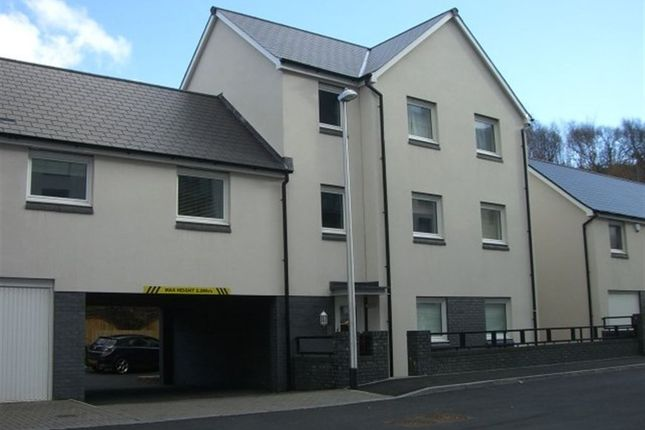 Thumbnail Flat to rent in Phoebe Road, Pentrechwyth, Swansea