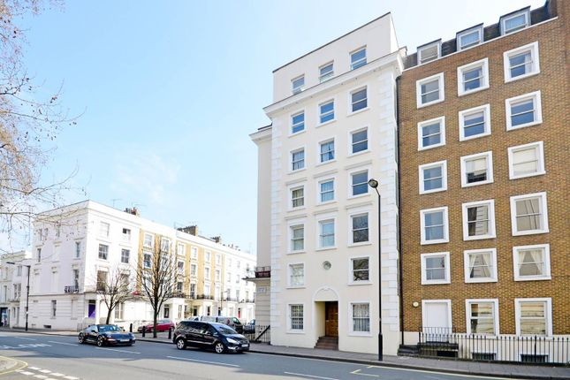 Flat for sale in St Stephen's Gardens, Bayswater, London