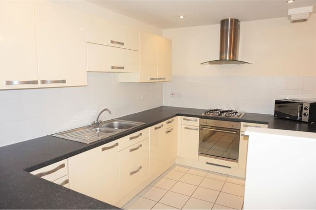 Thumbnail Flat for sale in Pineview Gardens, Derby