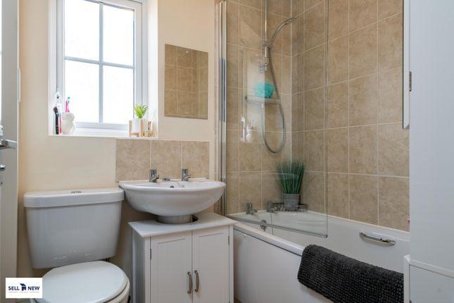 Bathroom of Parker Crescent, Sawtry PE28