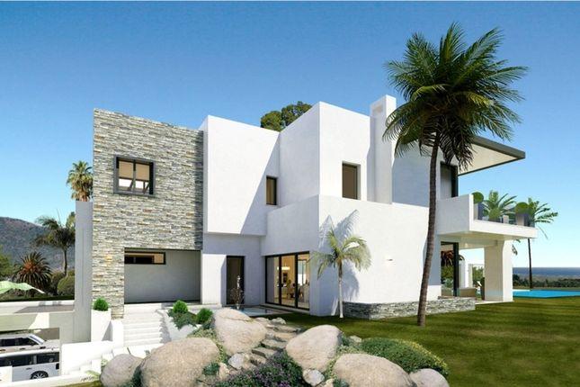 Villa for sale in Las Lomas De Marbella, Costa Del Sol, Spain