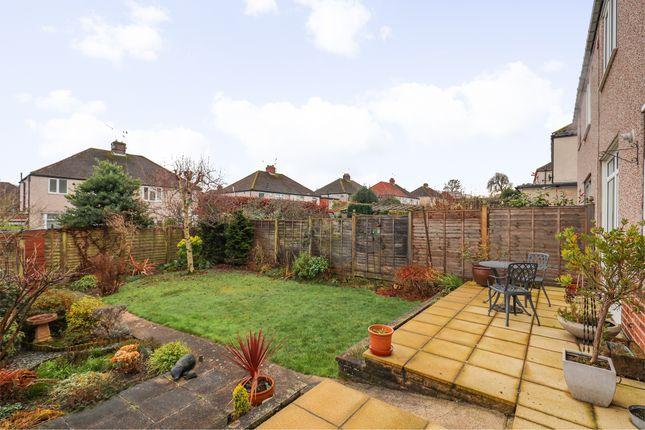 Garden of Green Oak Road, Sheffield S17