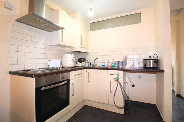 Kitchen of Ball Street, St Anns, Nottingham NG3