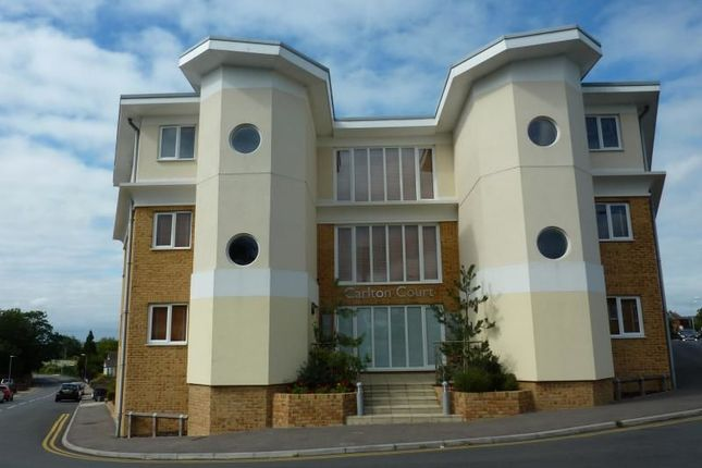 Thumbnail Flat to rent in Castle Road, Whitstable