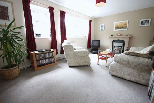 Thumbnail Flat for sale in Queens Road, Hull