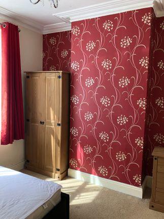 Room 1 of Artizan Road, Abington, Northampton NN1