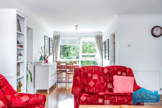 Picture No. 21 of Heath View, East Finchley, London N2
