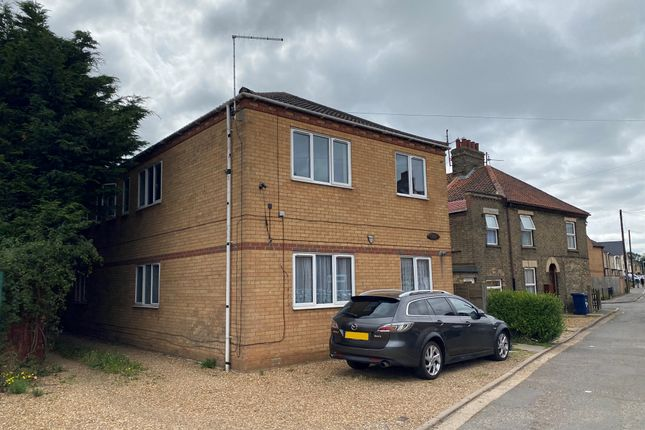 Thumbnail Flat for sale in Chase Street, Wisbech