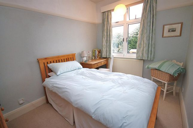 Bedroom 3: of Evelyn Road, Cockfosters, Barnet EN4