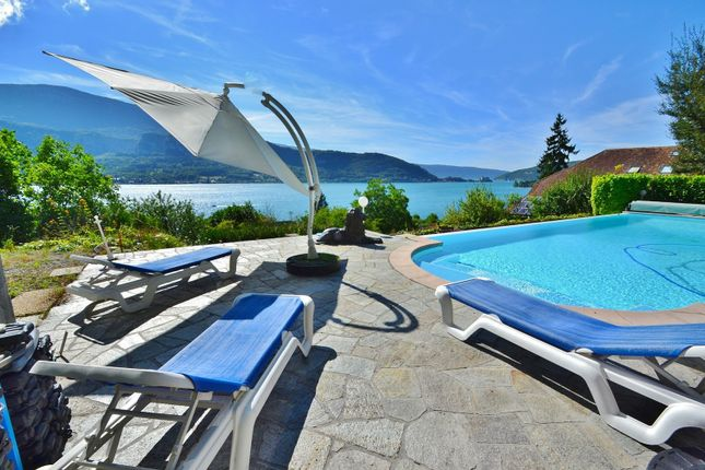 Thumbnail Country house for sale in Angon, Talloires, Annecy-Le-Vieux, Annecy, Haute-Savoie, Rhône-Alpes, France