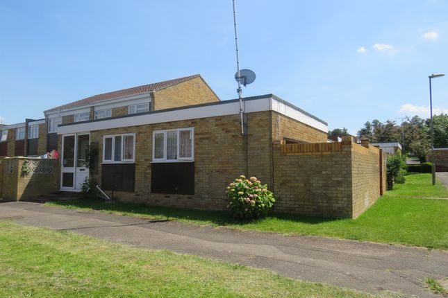 3 bed semi-detached bungalow for sale in Thames Court, Basingstoke