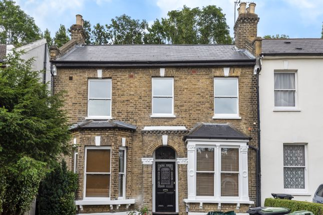 2 bed flat for sale in Wood Vale, London SE23
