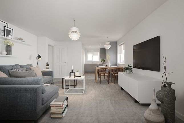 Thumbnail Flat for sale in Fontwell Ave, Westergate