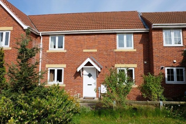 Thumbnail Town house to rent in Pasture View, Kingswood, Hull