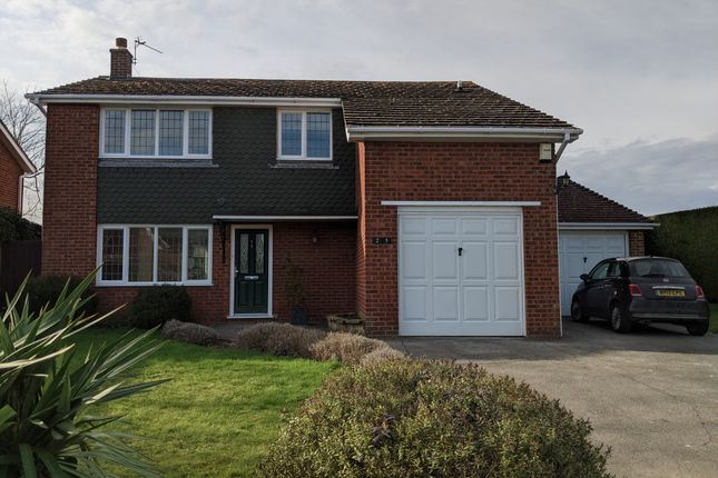 4 bed detached house to rent in Roseacre Lane, Bearsted, Maidstone ME14