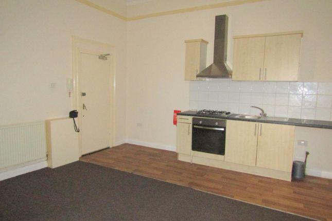 1 bed flat to rent in Bath Street, Rhyl, Clwyd LL18