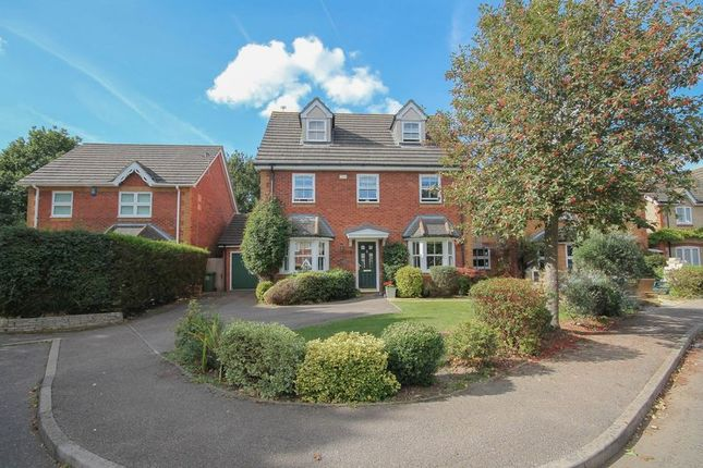 Thumbnail Detached house for sale in Forest Glade, Langdon Hills, Basildon
