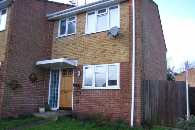 Thumbnail Property to rent in Hoblands, Haywards Heath