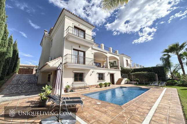 5 bed villa for sale in Benahavis, Costa Del Sol, Spain