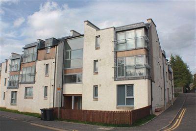 Thumbnail Flat to rent in School Lane, Bathgate