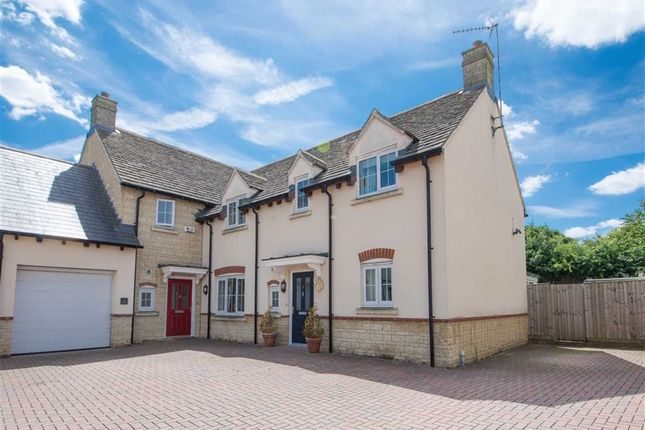 Thumbnail Property for sale in Crossways Court, Enstone, Oxfordshire